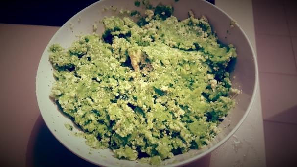 préparation courgettes / tofu / ail